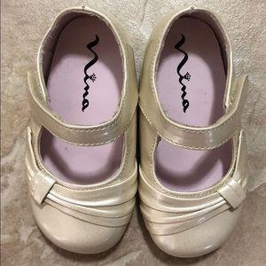Mia dress shoe